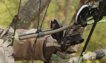 restring a compound bow