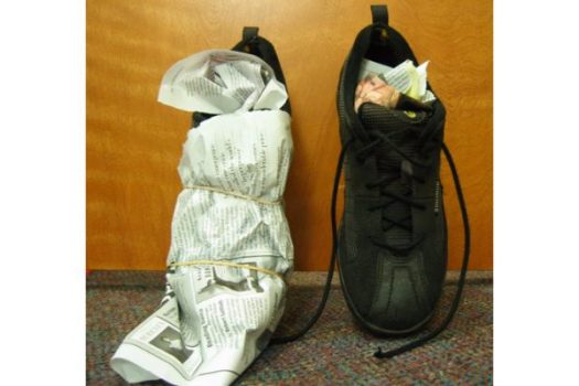using newspaper drying boots